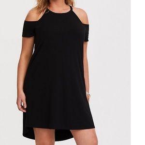 BLACK COLD SHOULDER JERSEY T-SHIRT DRESS